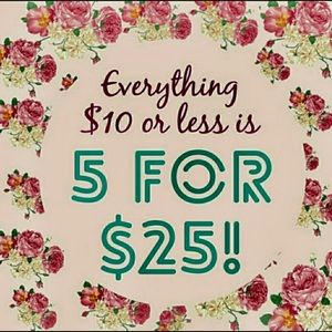 Great deal Poshers!👚👖👢👠👡👗👜